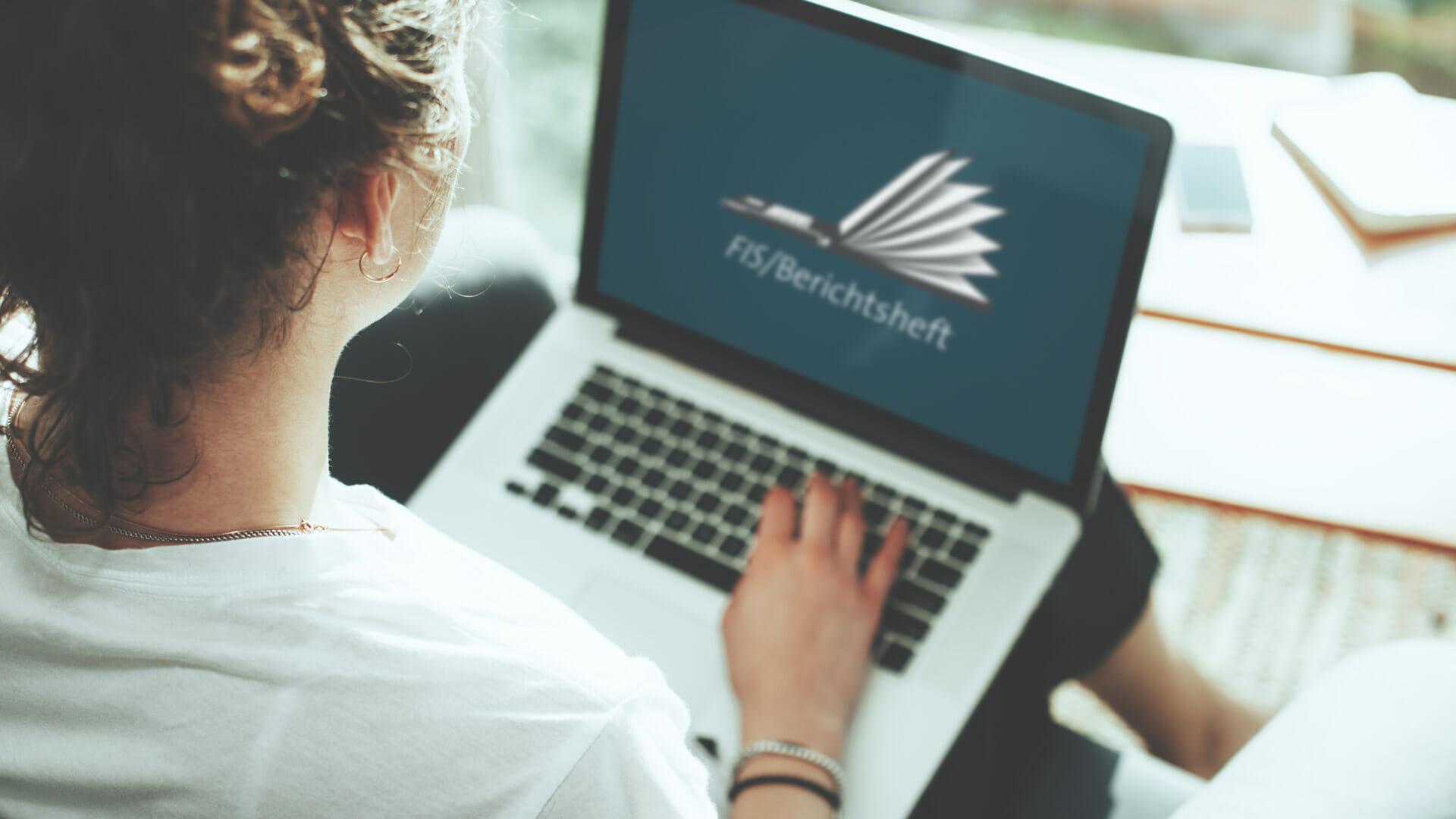 Digitales Berichtsheft App   online Berichtsheft pflegen